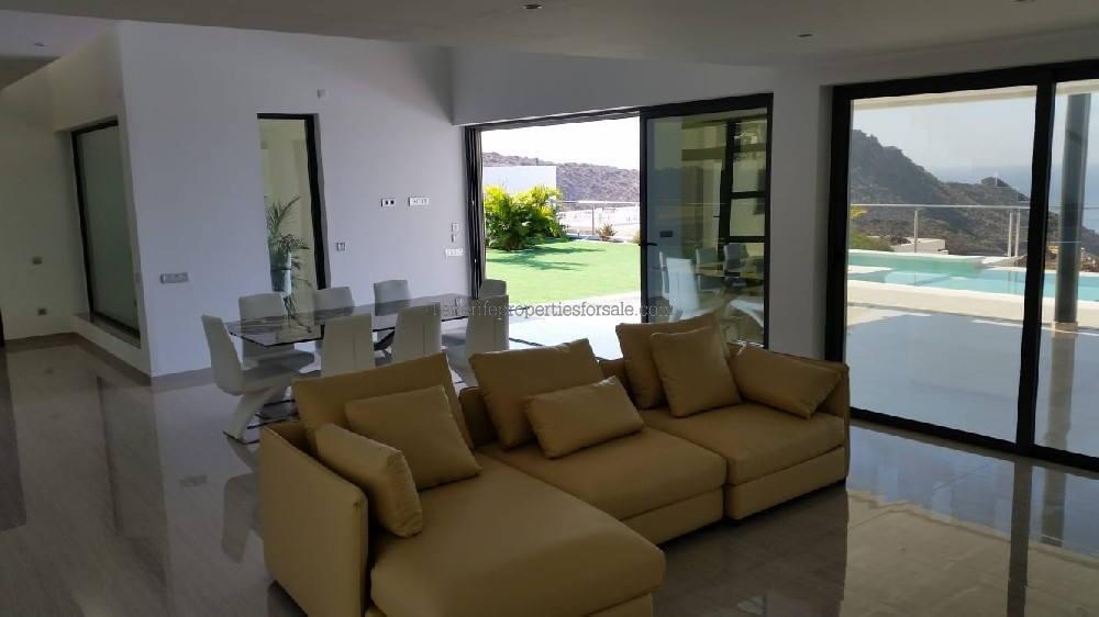 A4TA526 Villa