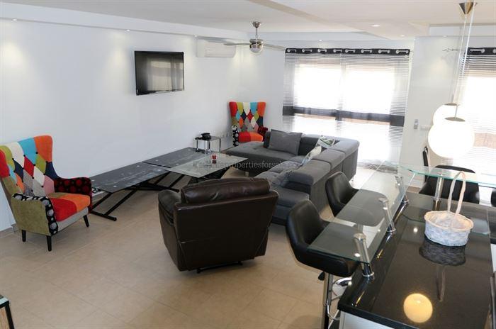 A4EM552 Villa Las Encinas El Madronal 600000 €