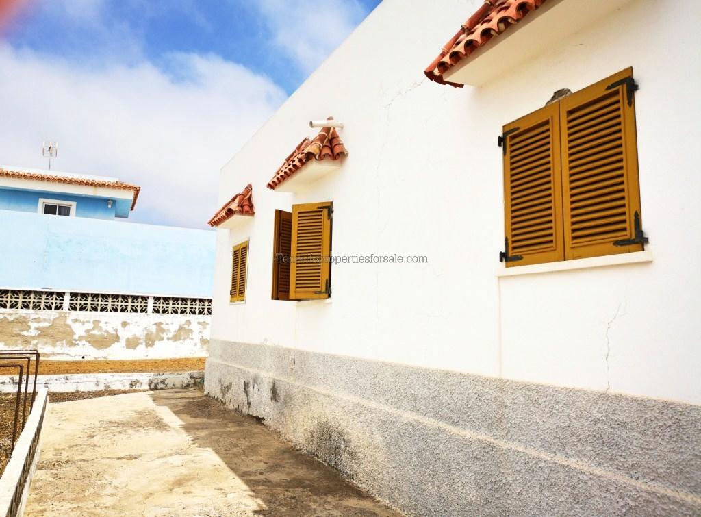 A4E639 Villa