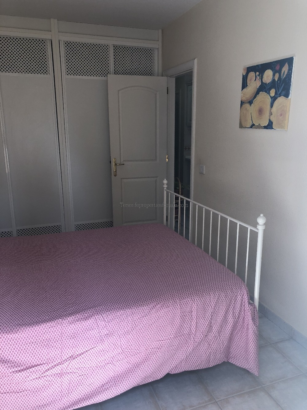 A1E667 Apartment