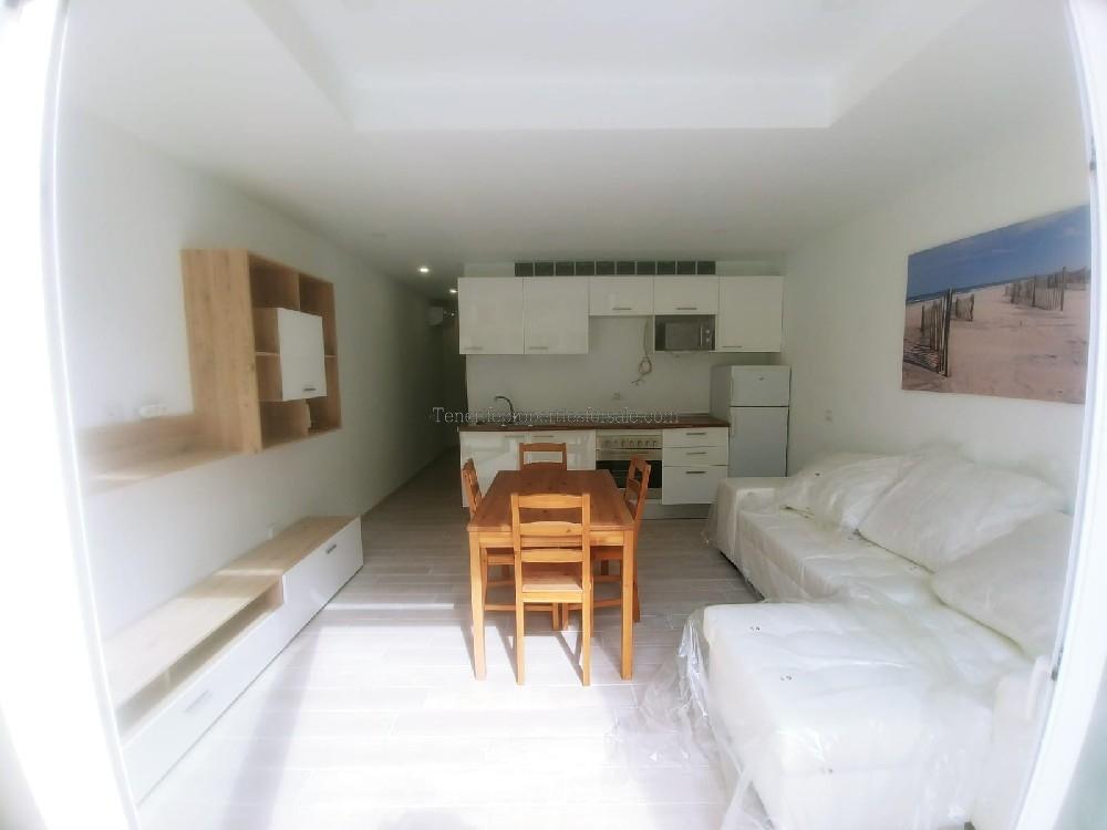 A2TB744 Apartment