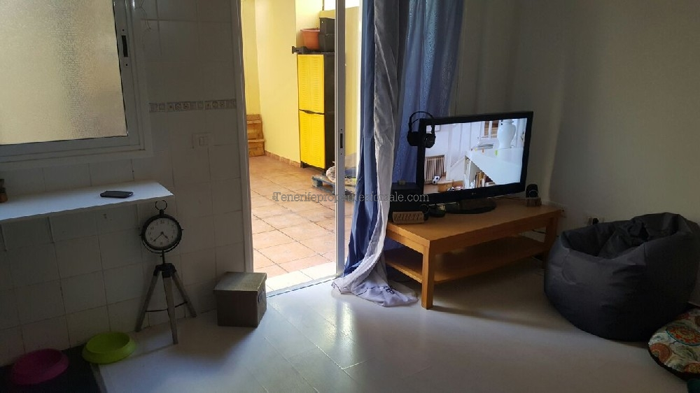 A3E833 Apartment