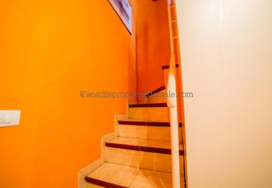 A2E874 Apartment