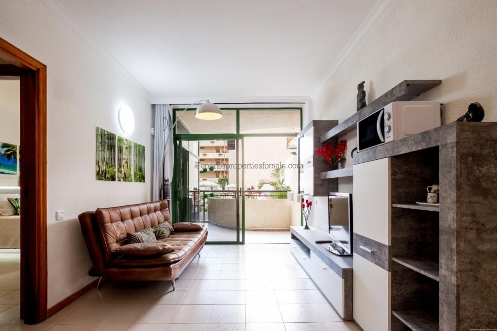 A1F880 Apartment