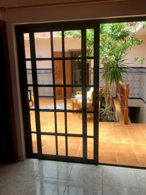 6E141 Villa