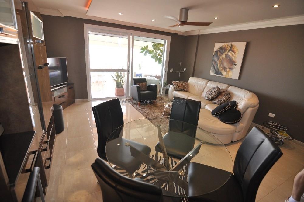 A2TA977 Apartment