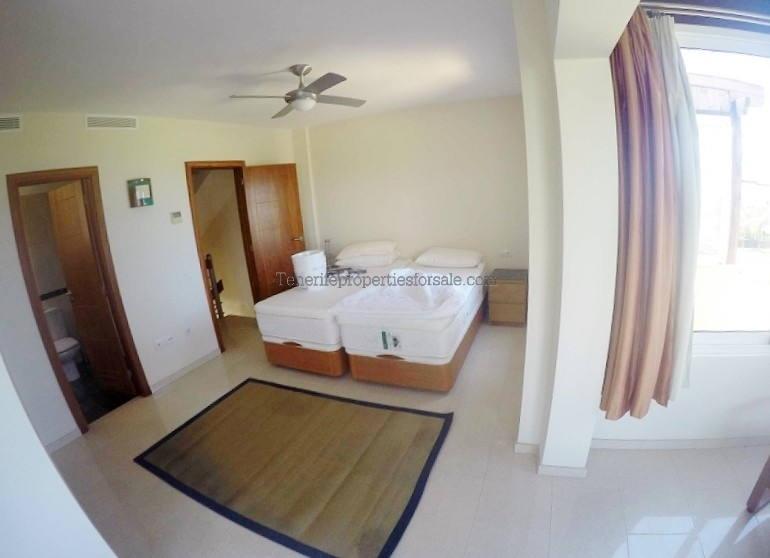 A4CA28 Villa