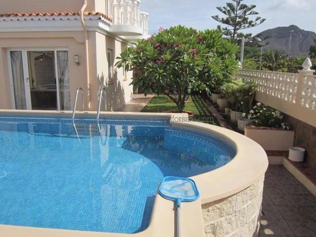 A5045 Villa La Florida Valle San Lorenzo 475000 €