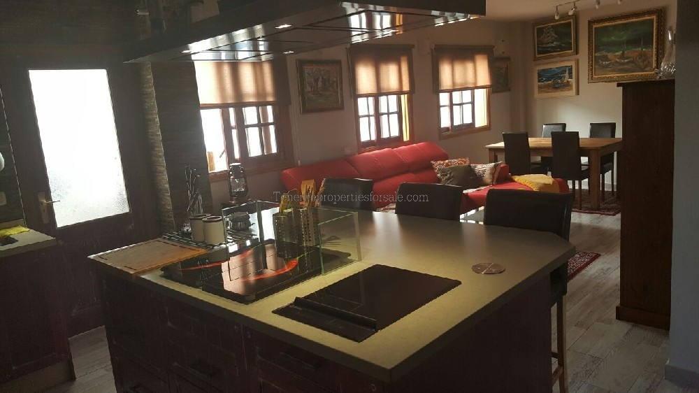 A20120 Apartment