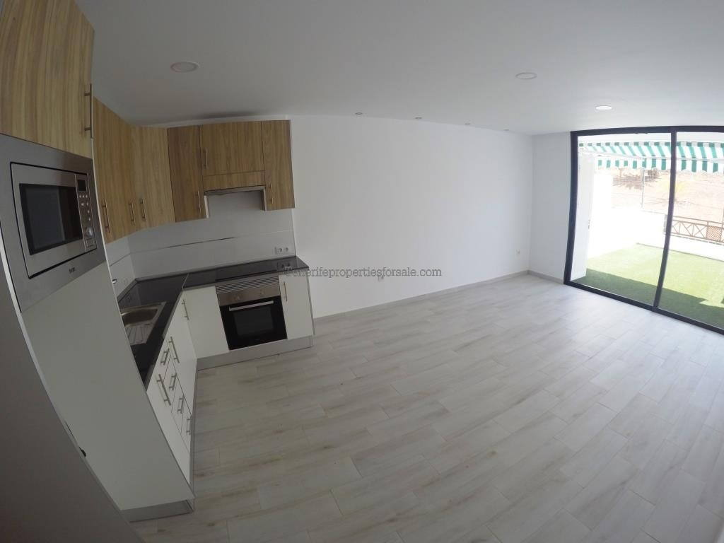 A1LC142 Apartment