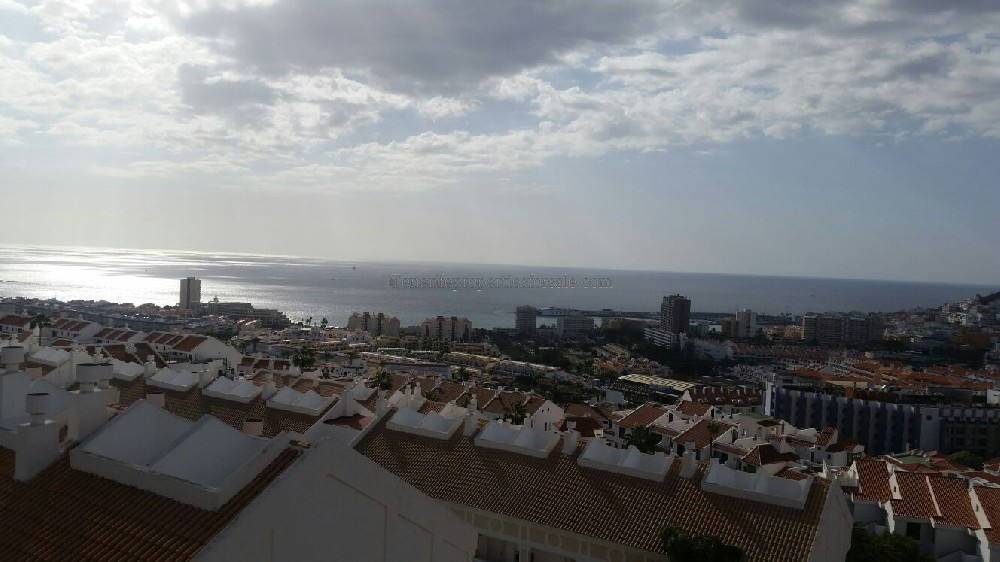 A2LC172 Apartment The Heights Los Cristianos 230000 €