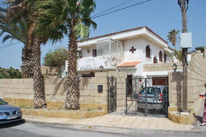 A3E326 Villa