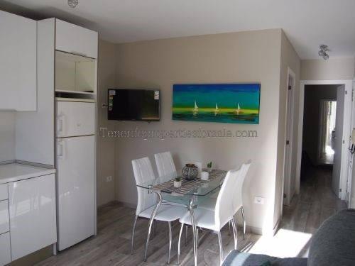 A2E358 Apartment