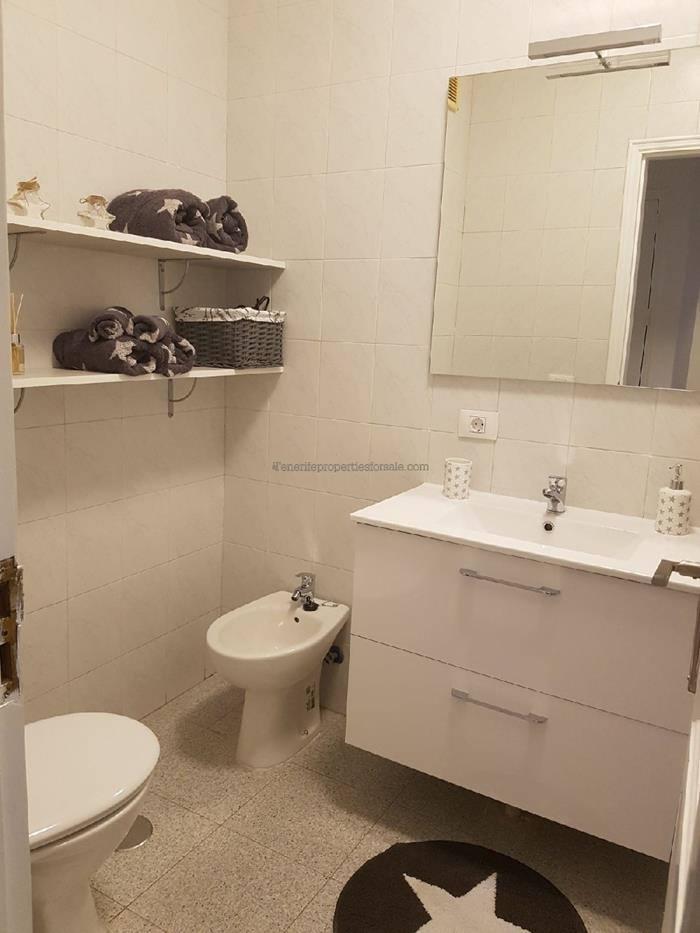 A1E359 Apartment