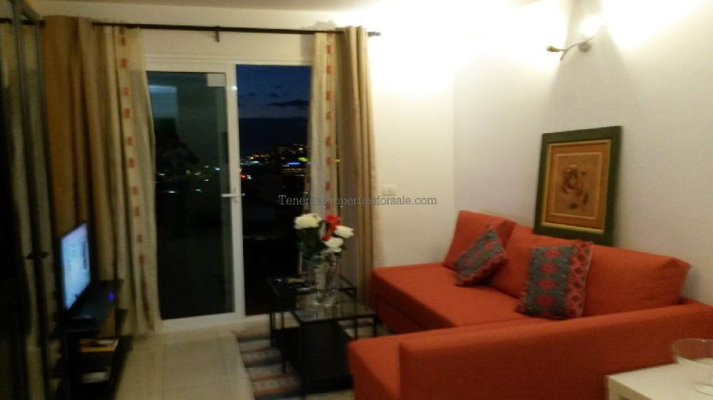 2TA99 Apartment
