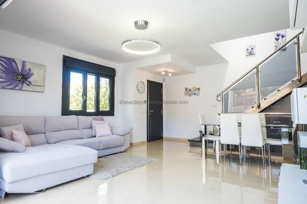 A3A515 Villa